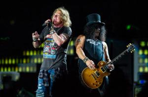 Тур на концерт Guns N Roses из Минска в Москву!
